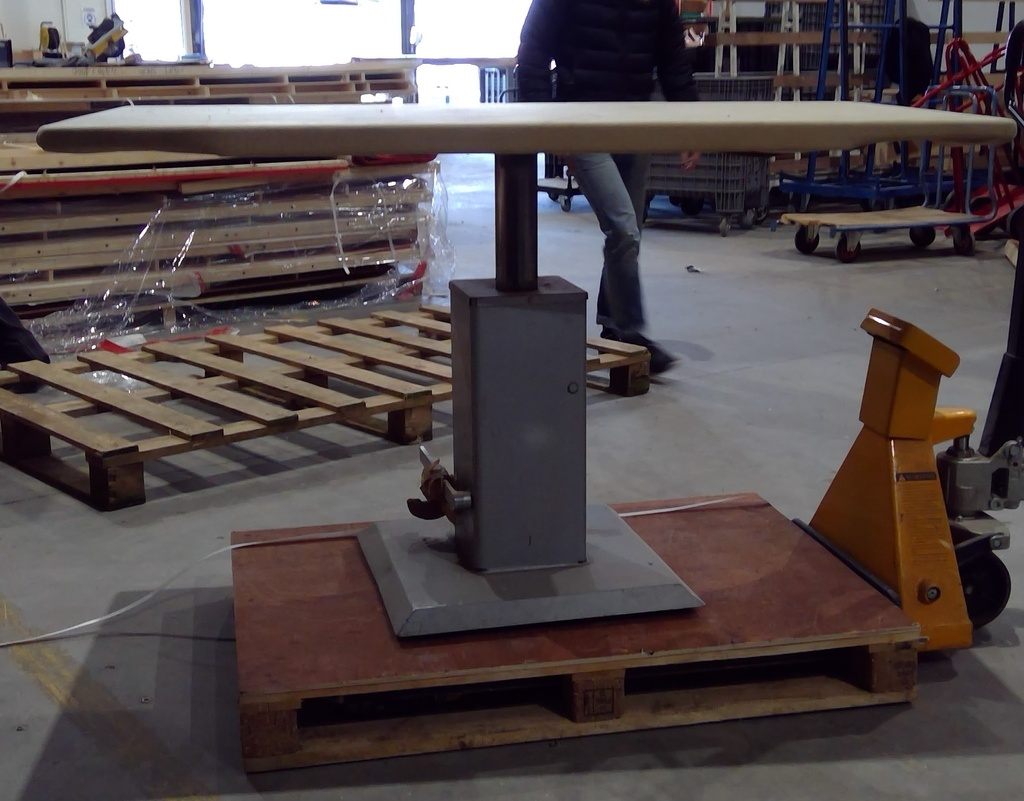 (PANTIN) Table pneumatique FIXE